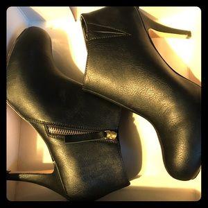 Madden Girl Black Heel Booties